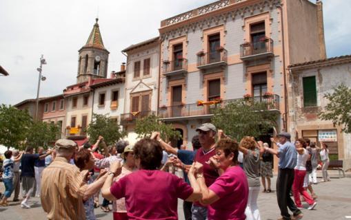 Sardanes a la Plaça Major de Viladrau