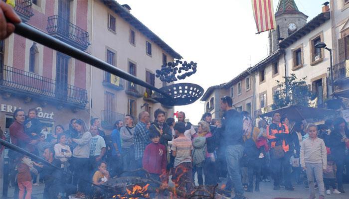 Viladrau prepara la 26ª Fira de la Castanya